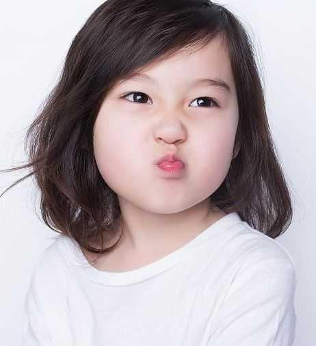 宝宝五角星发型图解 小女孩五角星辫子发型扎法